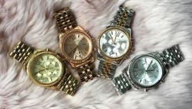Tipy na vánoční dárek  elegance ve znamení dámských hodinek Michael Kors a  DKNY a688947855